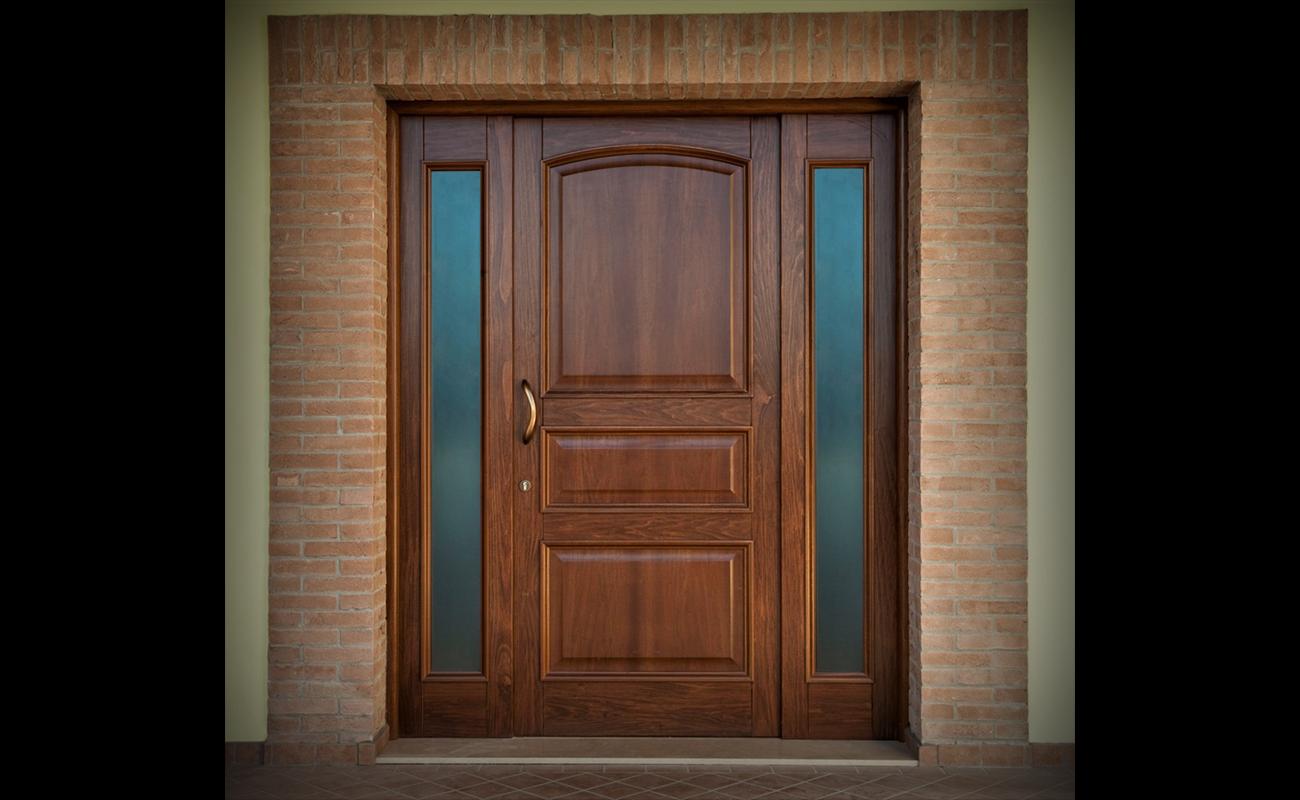Home laverderosa produzione e vendita porte in legno roma finestre in legno roma arredamento in - Portoni garage con finestre ...