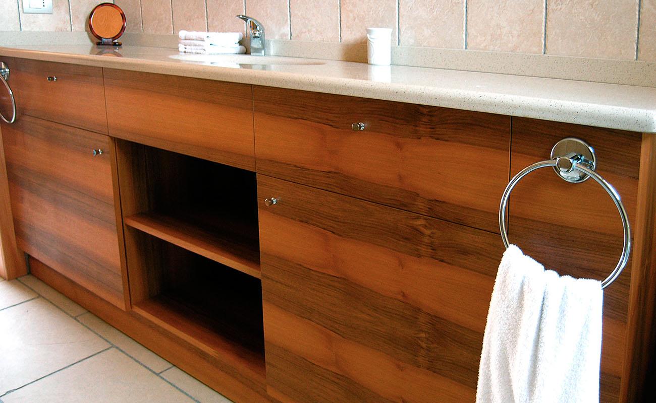 Laverderosa s r l mobili bagno in legno su misura a roma - Mobili su misura roma ...