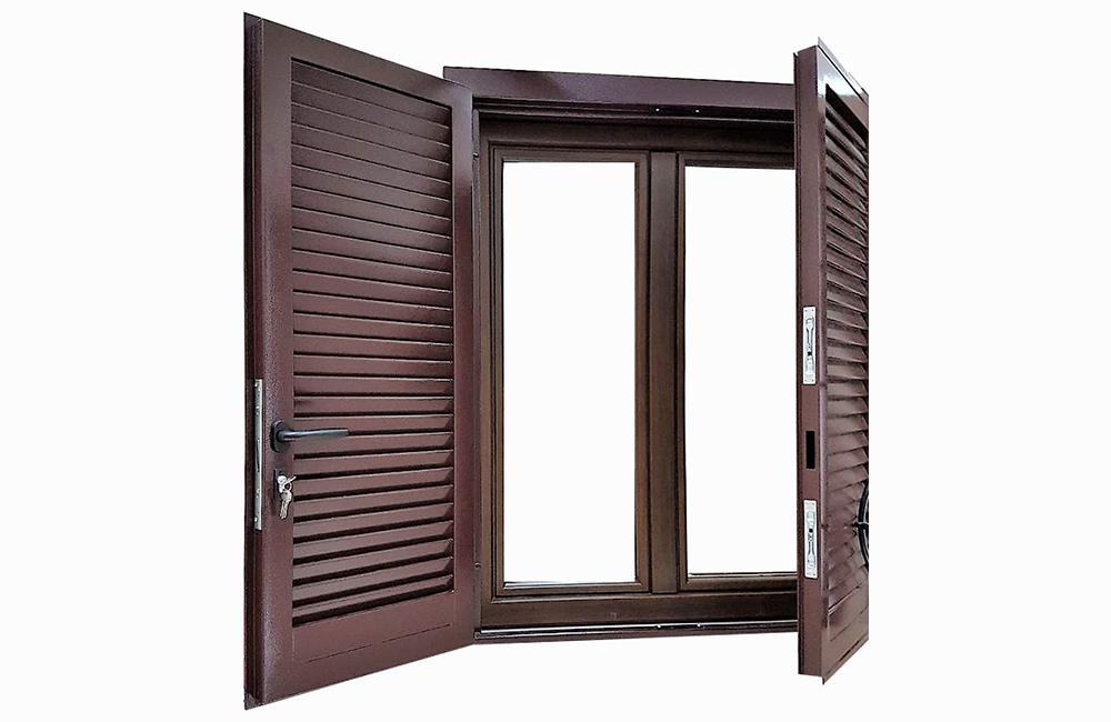 Finestre in legno alluminio a roma su misura infissi a - Vernice per finestre in legno ...