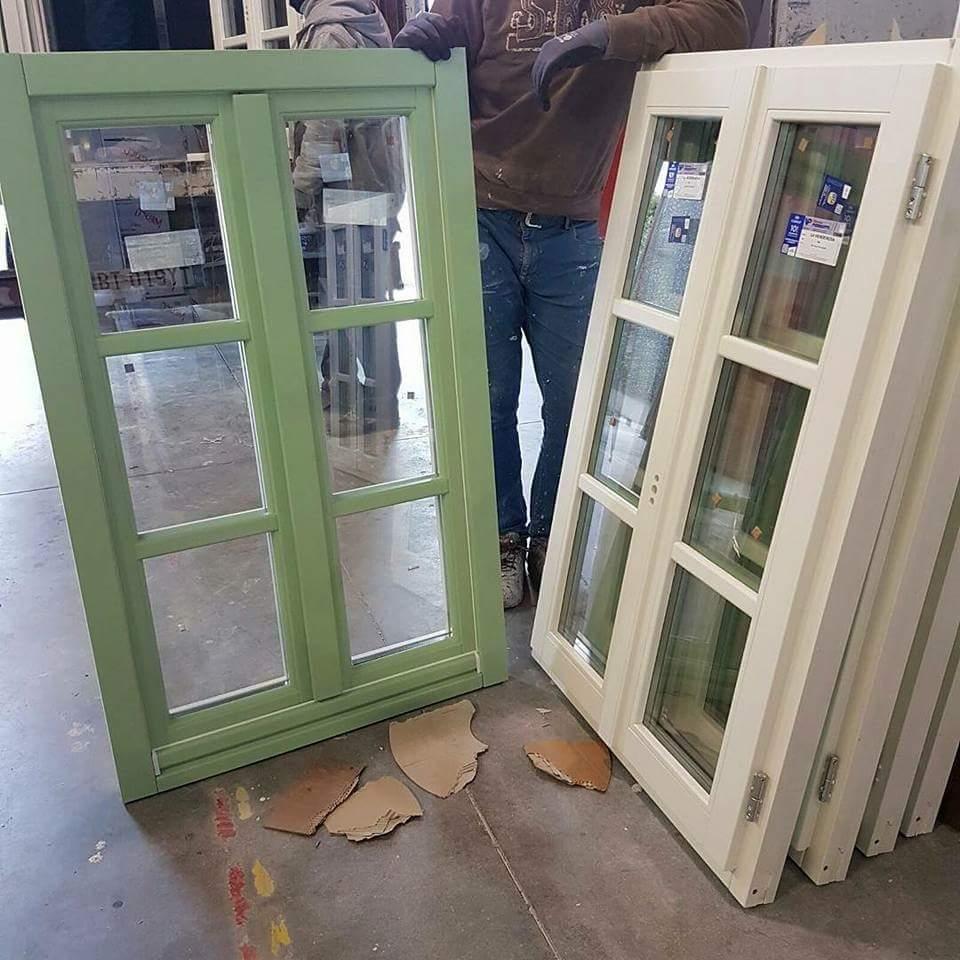 Finestre in legno a roma su misura infissi a taglio - Finestre in legno lamellare ...