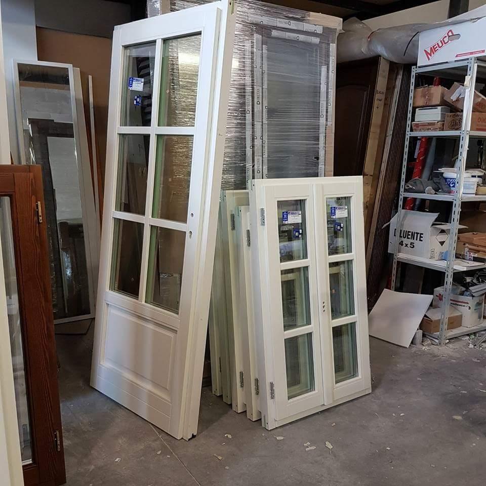 finestre in legno lamellare bicolore